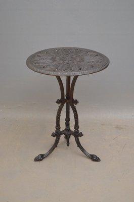 Gusseisen Gartentisch.Antiker Viktorianischer Gartentisch Aus Gusseisen