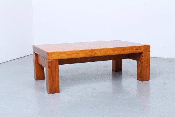 Table Basse En Pin.Table Basse En Pin Massif Par Ilmari Tapiovaara Danemark 1970s