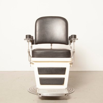 Pleasant White Black Skai Barbers Chair From Nike 1940S Pabps2019 Chair Design Images Pabps2019Com