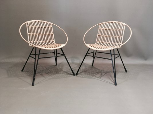 Stupendous Mid Century Metal Rattan Lounge Chairs Set Of 2 Caraccident5 Cool Chair Designs And Ideas Caraccident5Info