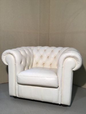 Astounding Vintage English White Chesterfield Lounge Chair By Lord Phillip Stanhope 1960S Machost Co Dining Chair Design Ideas Machostcouk