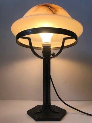 Mensole In Ferro Battuto E Vetro.Lampada Da Tavolo In Stile Art Nouveau In Ferro Battuto E Vetro