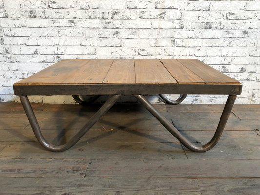 Phenomenal Vintage Industrial Coffee Table 1960S Creativecarmelina Interior Chair Design Creativecarmelinacom