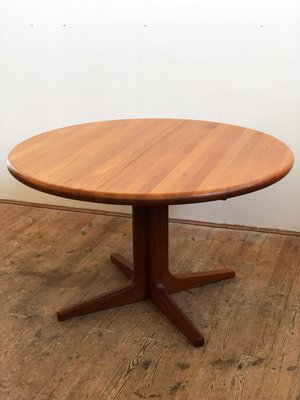 Danish Mid Century Modern Round Teak Dining Table From Glostrup 1960s For Sale At Pamono