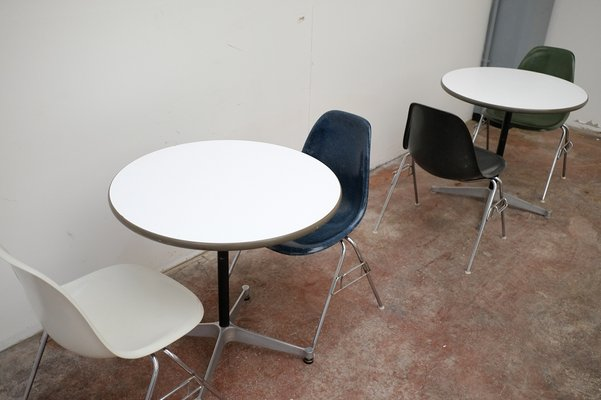 Dining Table By Charles Ray Eames For Herman Miller 1960s For Sale At Pamono