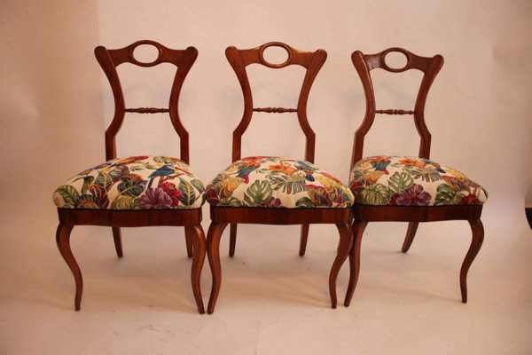Antique Biedermeier Cherry Wood Coffee Table And Side Chairs Set Of 4