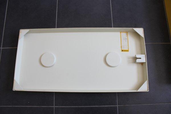 Conjunto de accesorios para la pared del cuarto de baño Quadro de  Schönbuch. Juego de 3