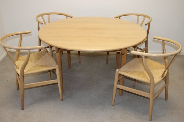 Oak Dining Table Chairs Set By Hans J Wegner For Carl Hansen Son 1960s For Sale At Pamono