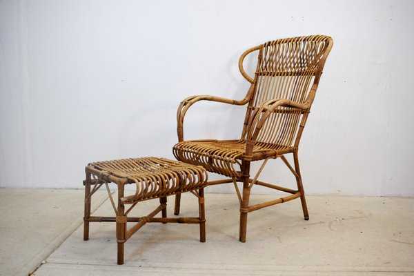 Set Da Pranzo In Rattan.Italian Wicker Armchair And Footstool 1960s Set Of 2 For Sale At