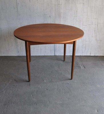 Tavoli Da Cucina Allungabili Classici.Tavolo Da Pranzo Rotondo Allungabile Di E Gomme Per G Plan Anni