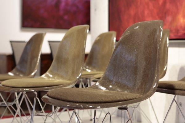 Sillas de comedor de fibra de vidrio de Charles & Ray Eames para Herman Miller, años 70. Juego de 6