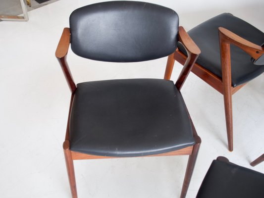 Model 42 Rosewood And Black Leather Dining Chairs By Kai Kristiansen For Schou Andersen 1950s Set Of 4 For Sale At Pamono