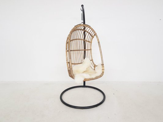 Egg Shaped Bamboo Hanging Chair On