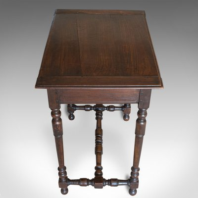 Antique Victorian English Oak Side Table 1880s For Sale At Pamono