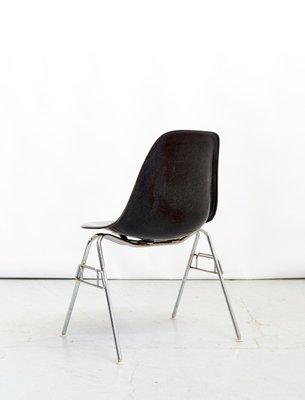 Fiberglass Dss Side Chair By Charles, Eames Side Chair Fiberglass