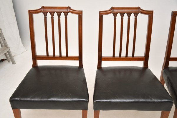 Antique Mahogany Leather Dining Chairs Set Of 4 Bei Pamono Kaufen