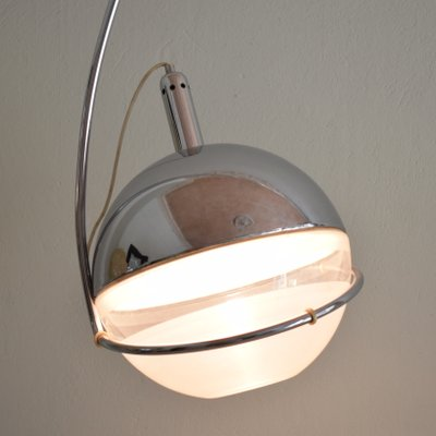 Mid Century Italian Chrome and White Focus Floor Lamp by Fabio Lenci for Guzzini, 1970s
