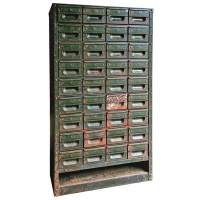 meuble industriel en acier avec 36 tiroirs 1