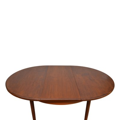 Vintage Teak Extendable Dining Table Chairs Set From G Plan Set Of 7 Bei Pamono Kaufen