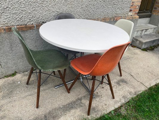 Vintage Round Dining Table With Chrome Legs For Sale At Pamono