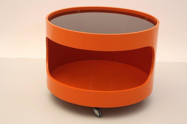 Orangener Couchtisch Auf Radern Von Opal Mobel 1960er Bei Pamono Kaufen