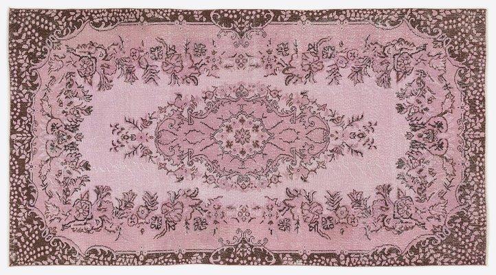 Tapis Turc Vintage Rose Delave A Motifs Floraux En Vente Sur Pamono