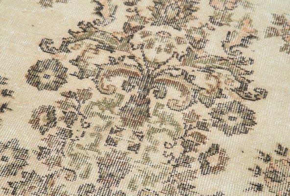 BRUSSELS BEIGE Woollen Handmade Rugs