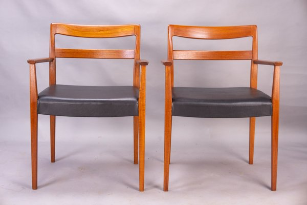 Swedish Garmi Carver Dining Chairs By Nils Jonsson For Hugo Troeds 1960s Set Of 2 For Sale At Pamono