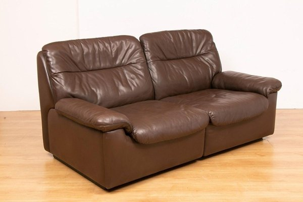 Mid Century Ds 63 Chocolate Brown, What Colours Go With Chocolate Brown Leather Sofas