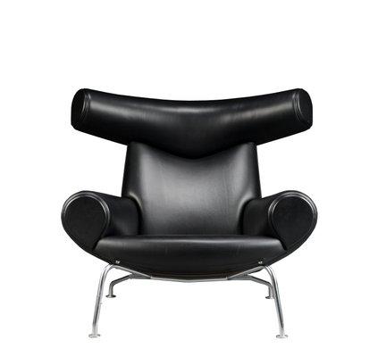 Gentil Vintage EJ 100 Ox Chair And Ottoman By Hans J. Wegner For Erik Jorgensen