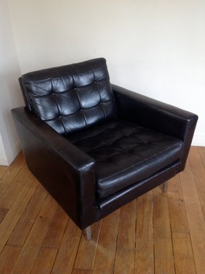 Mid-Century Black Leather Club Chair 1 & Mid-Century Black Leather Club Chair for sale at Pamono