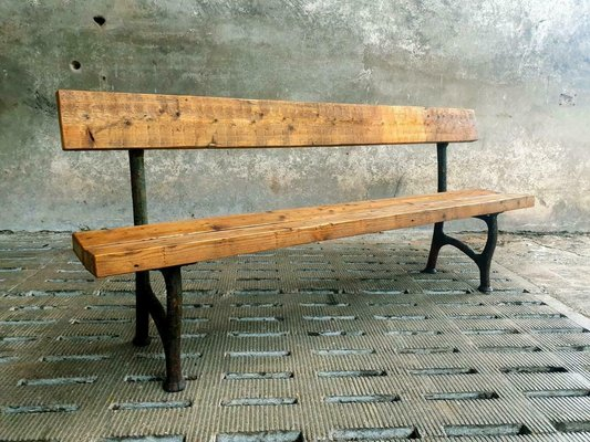 Cast Iron Legs Wooden Beams, Antique Garden Bench