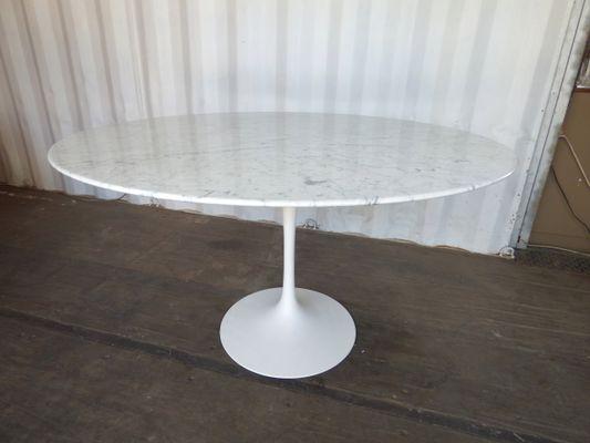 Tavolo Saarinen Marmo : Tavolo in marmo di carrara di eero saarinen per knoll anni in