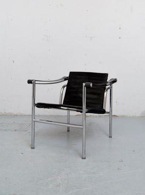 Fauteuil LC1 Par Le Corbusier Perriand Et Jeanneret Pour Cassina 1980s 1
