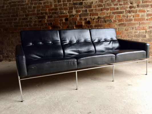 3300 Three Seater Sofa In Black Leather By Arne Jacobsen For Fritz Hansen 1960s