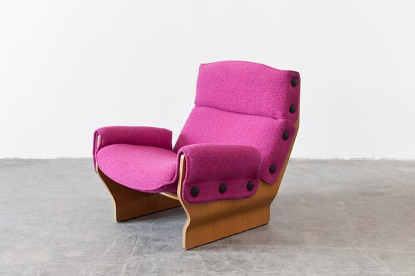 p110 canada chair in pink by osvaldo borsani for sale at pamono rh pamono com pink papasan chair canada pink camping chair canada