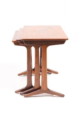 Mid Century Danish Rectangular Rosewood Nesting Tables, Set Of 3 2