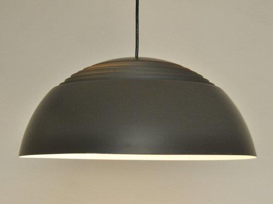 Topp Braune AJ Royal Lampe von Arne Jacobsen für Louis Poulsen bei WA-22