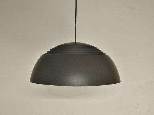 Lampe Royal, Modèle AJ, Marron par Arne Jacobsen pour Louis Poulsen ...
