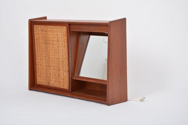 Vintage Badezimmerschrank mit Spiegel, 1960er bei Pamono kaufen