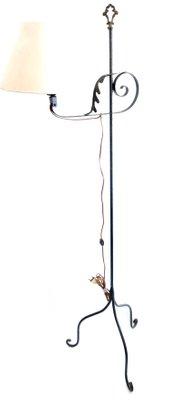 Vintage Schmiedeeisen Stehlampe mit 3 Beinen, 1960er