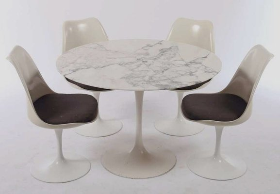 Vintage Tulip Dining Table With Marble Top 4 Swivel Chairs By Eero Saarinen For Knoll