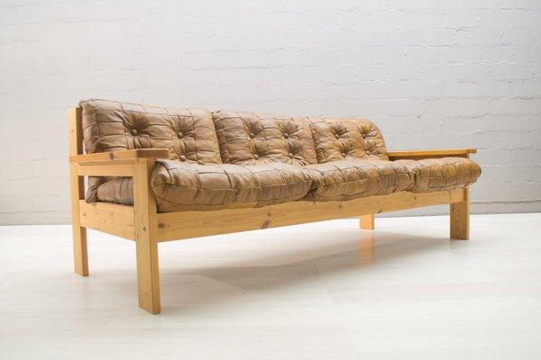 Poltrone e divano, anni \'60