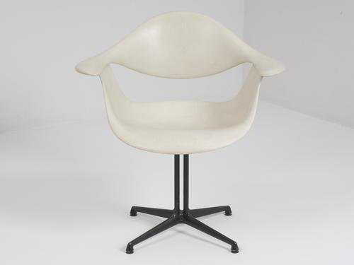 Astonishing White Chair By George Nelson For Herman Miller 1960 Ocoug Best Dining Table And Chair Ideas Images Ocougorg