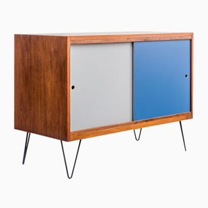 Sideboard aus Nussholz mit New Hairpin Legs, 1960er