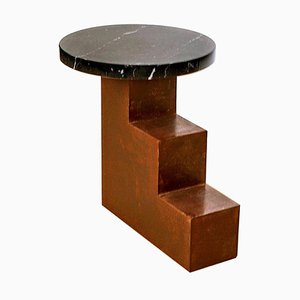 Einzigartiger Escalier Metall Beistelltisch mit Marmor von Jean-Baptiste Van Den Heede