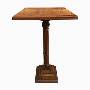 Mid-Century Tisch aus Nussholz mit quadratischer Tischplatte