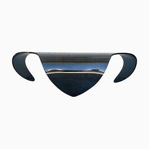 Geschwungener Mid-Century Tisch aus blauem Glas