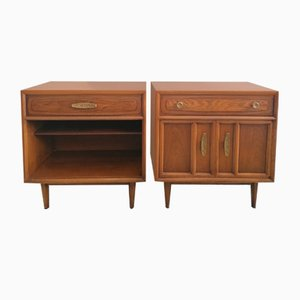 Mid-Century American Heritage Range Bedside Cabinets with Brutalist-Influenced Textured Gold Metal Handles from Drexel, Set of 2