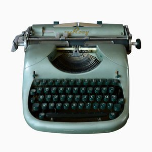 Modernist Typewriter from MJ Rooy